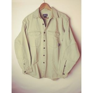 Patagonia Button Front Long Sleeve Green M Shirt